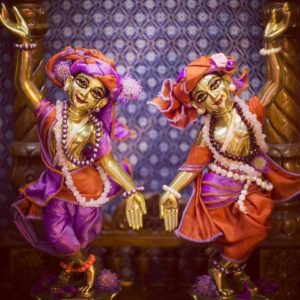 Gaura-Nitai-Hand-Up-and-Down